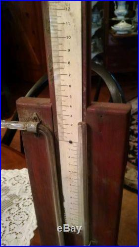 ANTIQUE BAROMETER WITH ADJUSTABLE SCALE