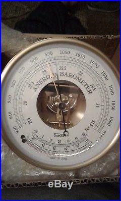 Oakton Temperature Compensated Barometer, 930 to 1070 mbar, 27.5 to 31.6 Hg NEW